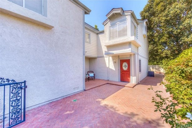 101 Eisenhower Way, Placentia, CA - USA (photo 5)