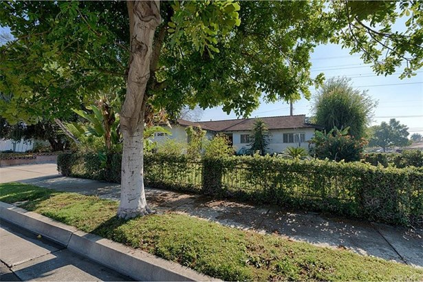 320 Essex Street, Glendora, CA - USA (photo 2)