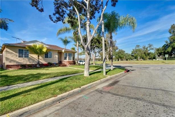 3943 Snowden Avenue, Long Beach, CA - USA (photo 3)