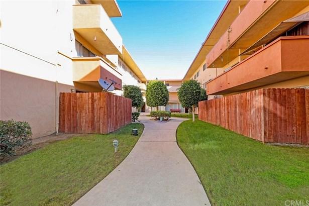 855 Victor Avenue 208, Inglewood, CA - USA (photo 3)