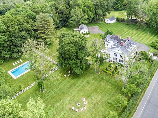Single Family For Sale, Antique,Colonial - Redding, CT (photo 2)