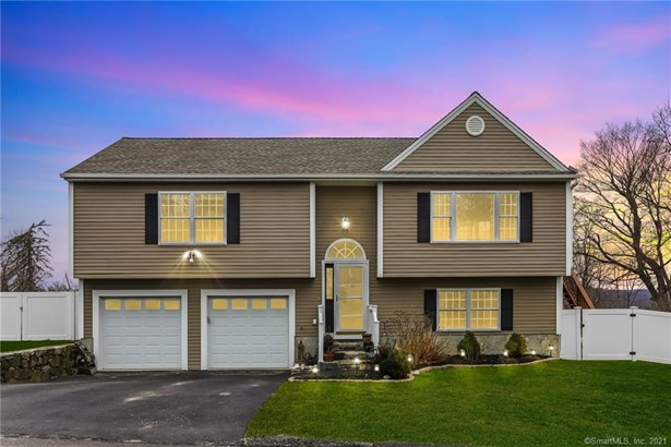 Single Family For Sale, Raised Ranch - New Fairfield, CT