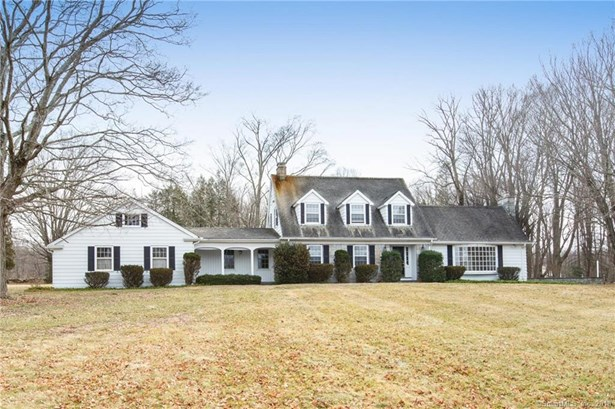 Single Family For Sale, Cape Cod - Bethany, CT (photo 2)