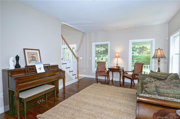 Single Family For Sale, Colonial - Redding, CT (photo 4)