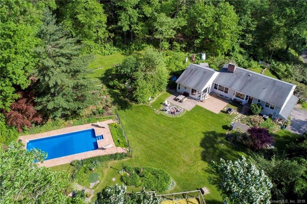 Single Family For Sale, Ranch - Redding, CT (photo 4)