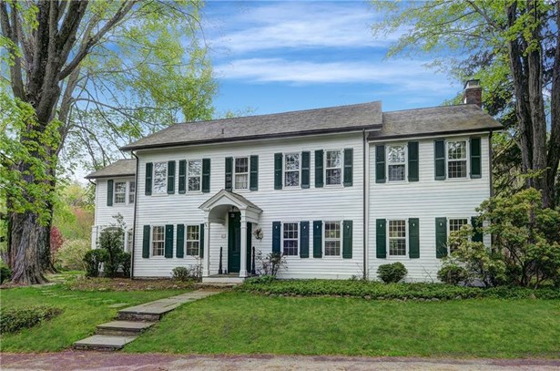 Single Family For Sale, Antique,Colonial - Ridgefield, CT (photo 1)