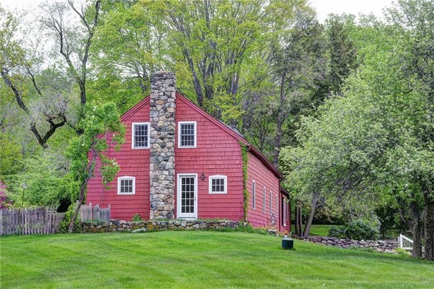Single Family For Sale, Antique,Colonial - Ridgefield, CT (photo 5)