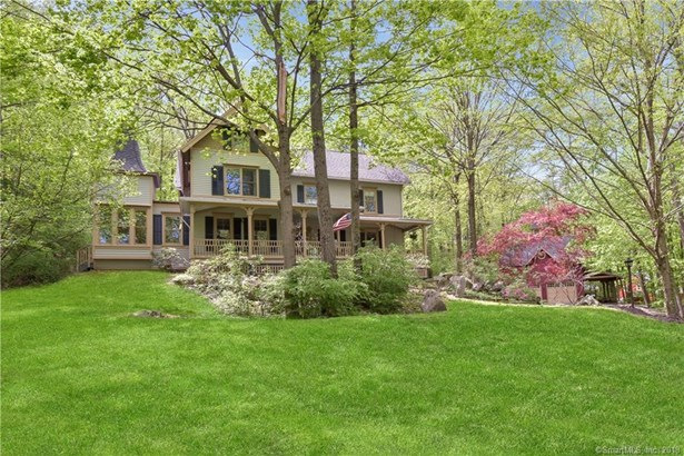 Single Family For Sale, Colonial,Victorian - Ridgefield, CT (photo 1)