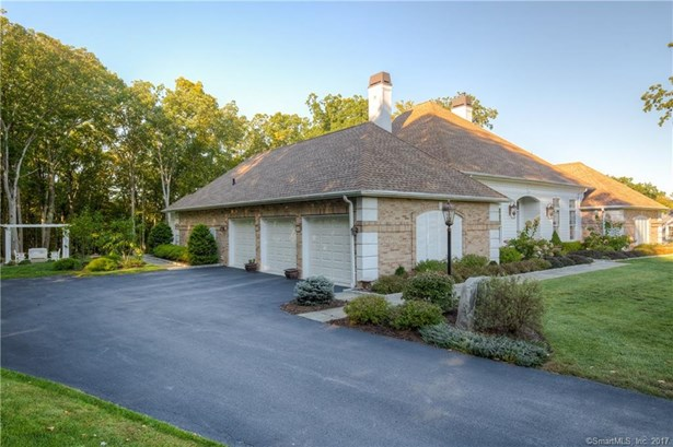Single Family For Sale, French - New Fairfield, CT (photo 2)