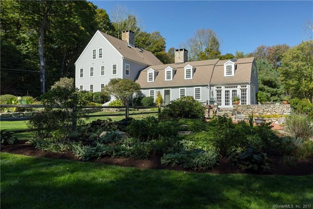 Single Family For Sale, Colonial,Antique - Ridgefield, CT (photo 2)