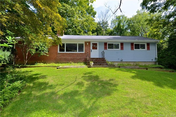 Single Family For Sale, Ranch - Ridgefield, CT