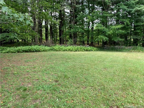 Lots and Land For Sale - Winchester, CT