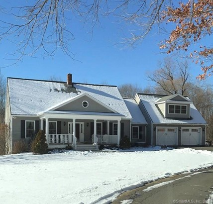 Single Family For Sale, Cape Cod - New Fairfield, CT (photo 1)