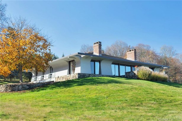 Single Family For Sale, Contemporary - Ridgefield, CT (photo 1)