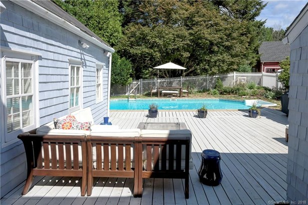 Single Family For Sale, Colonial,Antique - Redding, CT (photo 4)