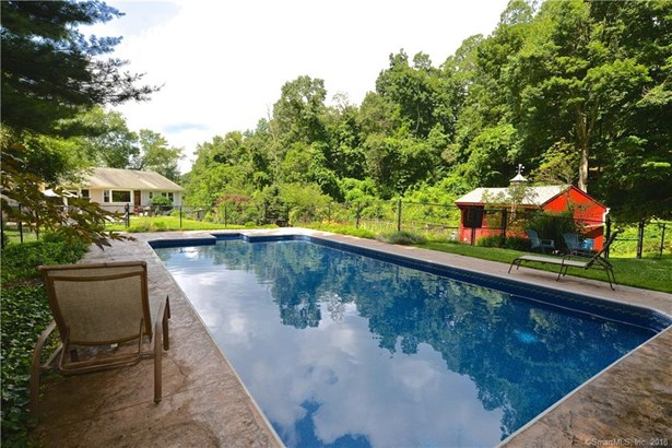 Single Family For Sale, Ranch - Redding, CT (photo 2)