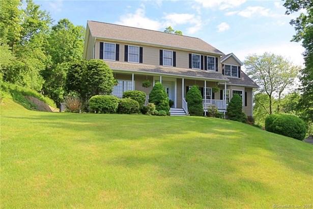 Single Family For Sale, Colonial,Farm House - New Fairfield, CT (photo 2)