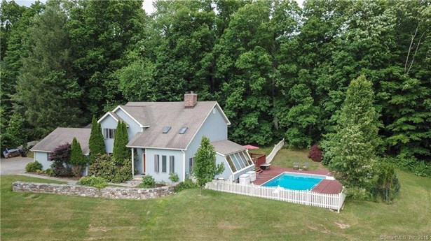 Single Family For Sale, Colonial,Contemporary - Sherman, CT (photo 1)