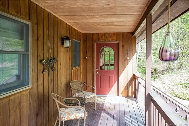Single Family For Sale, Contemporary,Chalet - New Fairfield, CT (photo 2)
