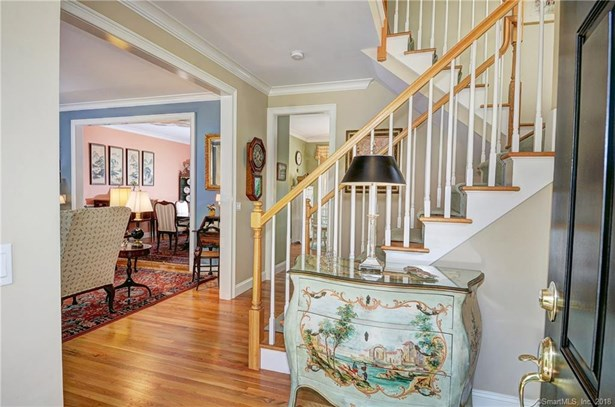 Condominium Rental, Colonial - Redding, CT (photo 2)