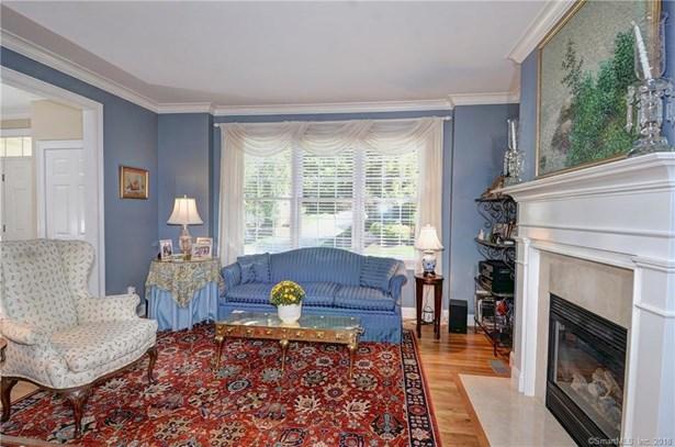 Condominium Rental, Colonial - Redding, CT (photo 3)