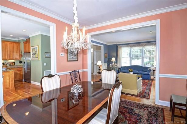 Condominium Rental, Colonial - Redding, CT (photo 5)