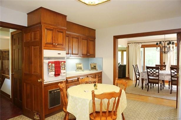 Single Family For Sale, Cape Cod - Sherman, CT (photo 4)