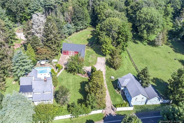 Colonial,Antique, Single Family Rental - Redding, CT