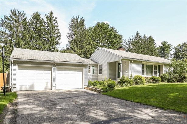 Single Family For Sale, Ranch - New Fairfield, CT