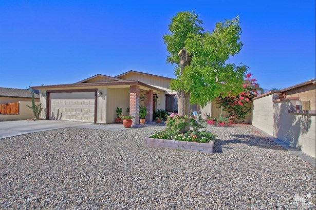 Single Family Detach - Cathedral City, CA