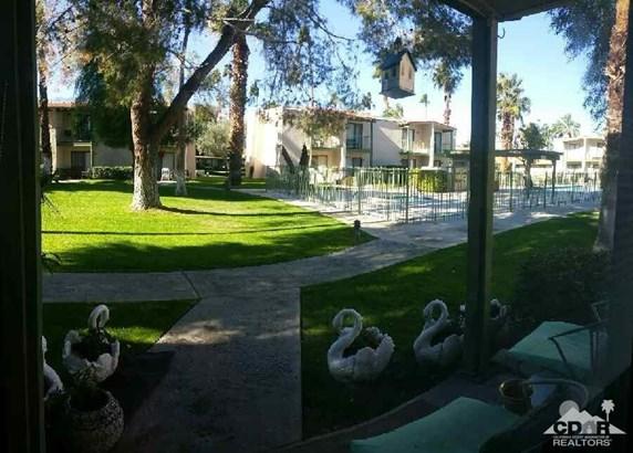 85 Lakeview Circle, Cathedral City, CA - USA (photo 2)
