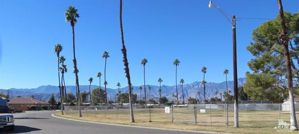 73633 Broadmoor Drive, Thousand Palms, CA - USA (photo 5)