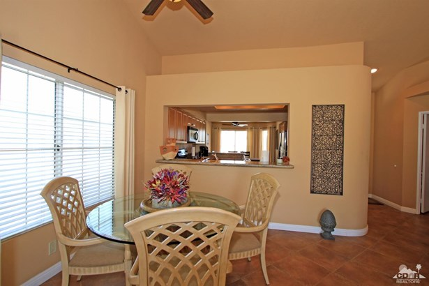 251 Vista Royale Circle West, Palm Desert, CA - USA (photo 4)
