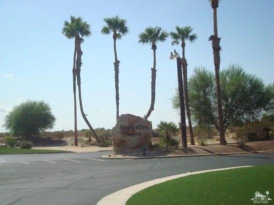 Mobile Home - Desert Hot Springs, CA
