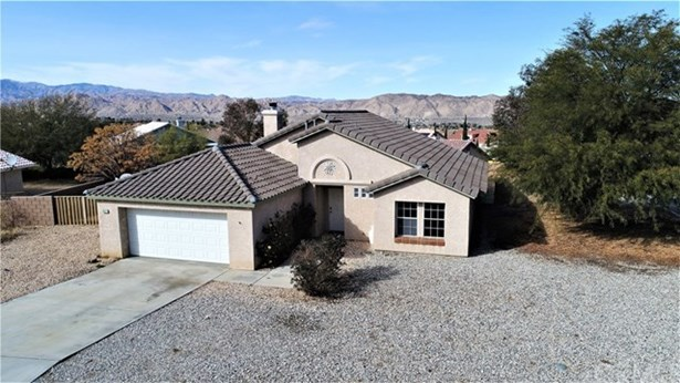 8522 Golden Meadow Drive, Yucca Valley, CA - USA (photo 2)