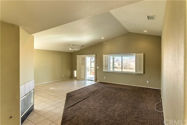 8522 Golden Meadow Drive, Yucca Valley, CA - USA (photo 3)