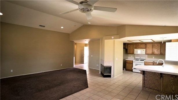 8522 Golden Meadow Drive, Yucca Valley, CA - USA (photo 4)