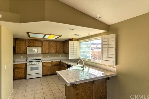 8522 Golden Meadow Drive, Yucca Valley, CA - USA (photo 5)