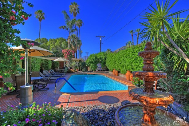 Residential Income - Palm Springs, CA (photo 4)