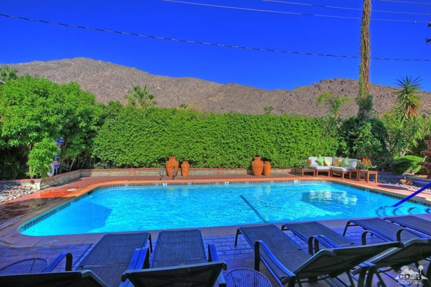 Residential Income - Palm Springs, CA (photo 5)