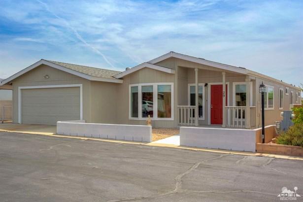 Mobile Home on Land - Desert Hot Springs, CA (photo 1)