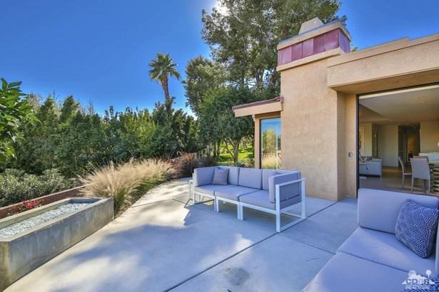 Condo Attached - Palm Desert, CA (photo 4)