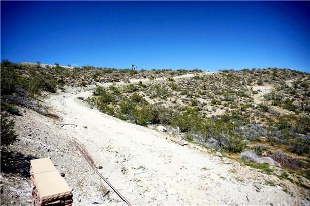 57910 Joshua Drive, Yucca Valley, CA - USA (photo 4)