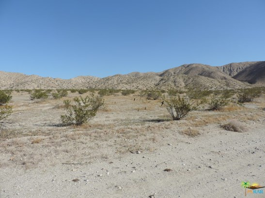 0 15th Ave, Desert Hot Springs, CA - USA (photo 2)