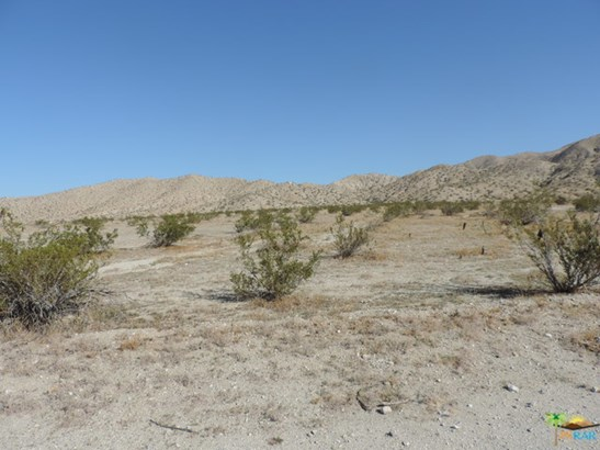 0 15th Ave, Desert Hot Springs, CA - USA (photo 3)