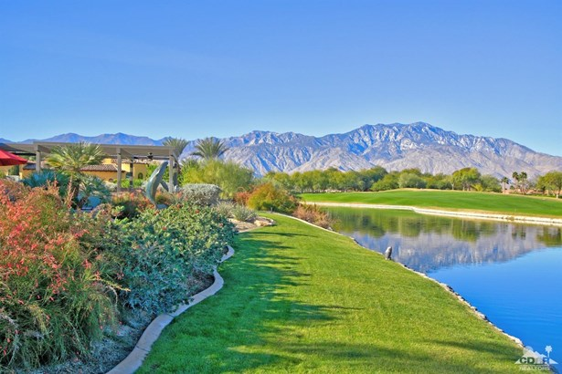 Single Family Detach - Rancho Mirage, CA (photo 3)
