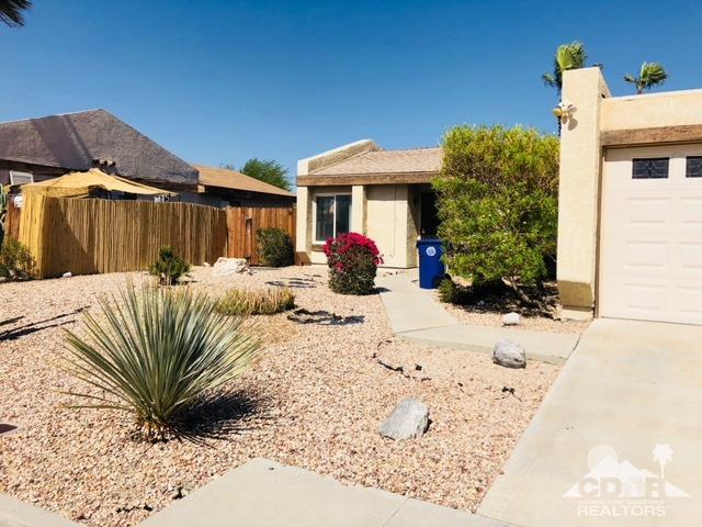 Single Family Attach - Palm Springs, CA (photo 1)