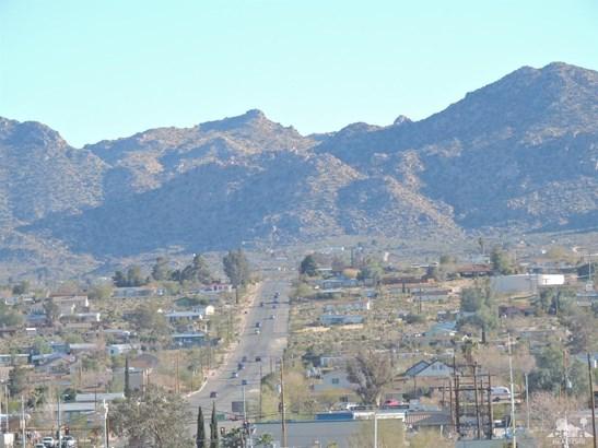 Single Family Detach - Joshua Tree, CA (photo 2)