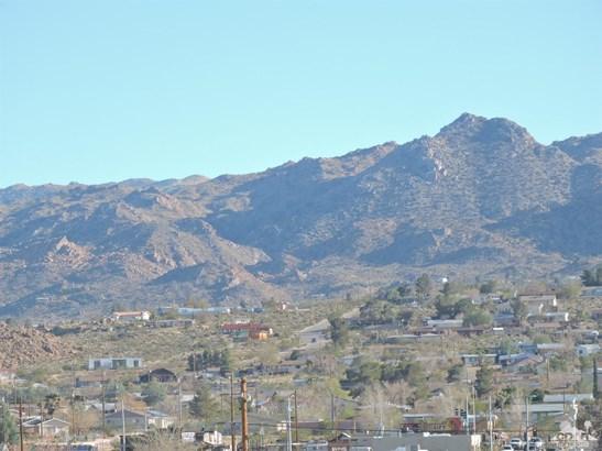 Single Family Detach - Joshua Tree, CA (photo 3)