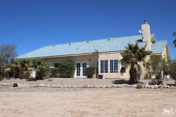 14997 Mcgarger Road, Desert Hot Springs, CA - USA (photo 1)